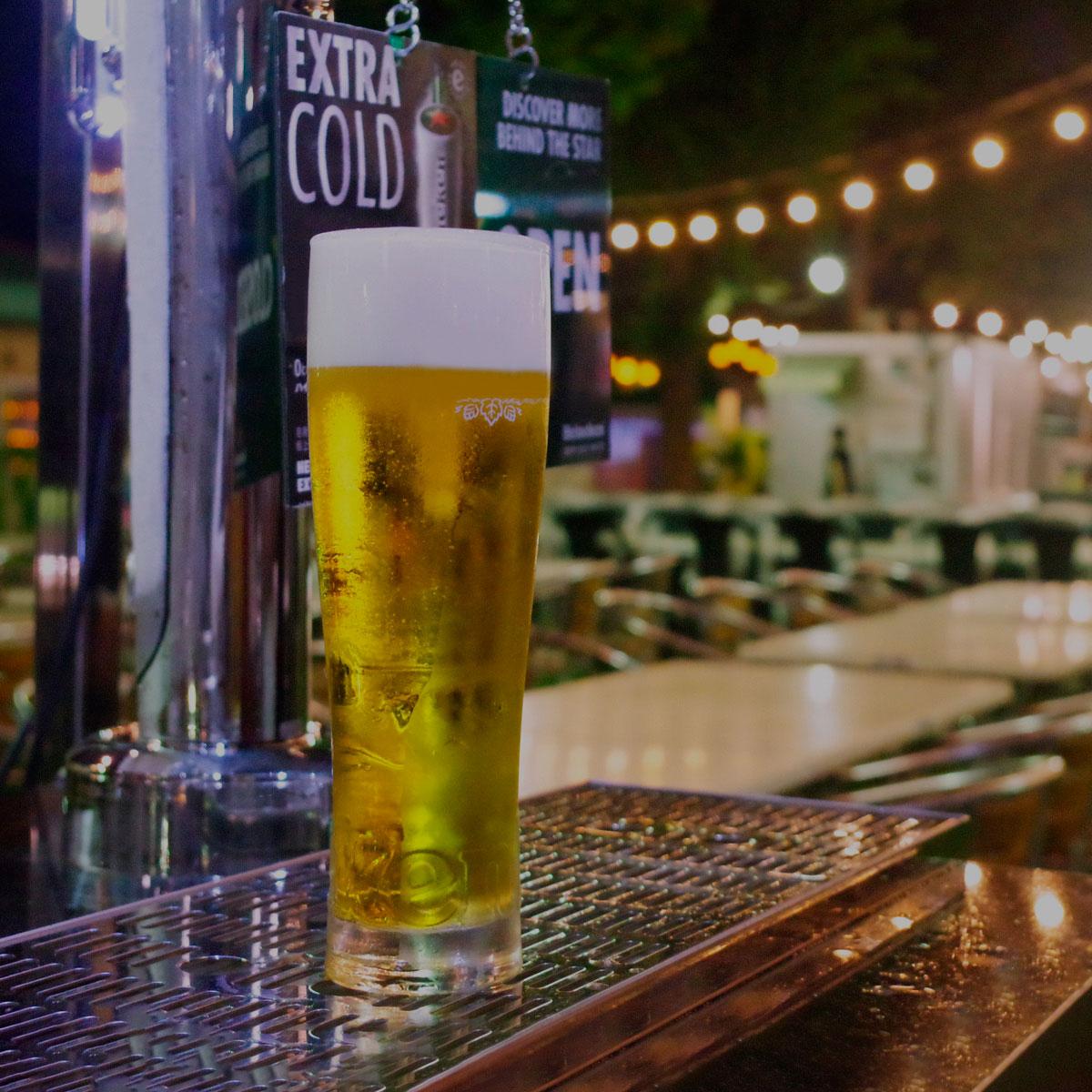 https://www.beertiful.jp/wp-content/uploads/2021/08/beer_garden_black.jpg